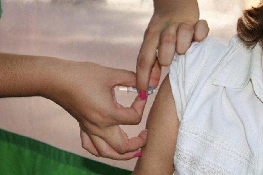 Continúa la Campaña de Vacunación en los barrios Quintana y Apipé