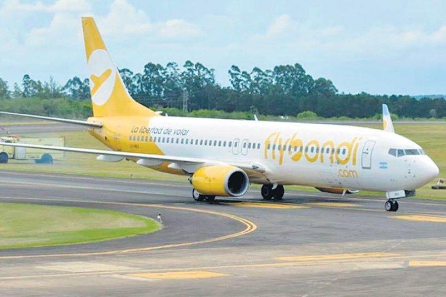 Un avión de la empresa Flybondi tuvo que aterrizar de emergencia porque falló un motor