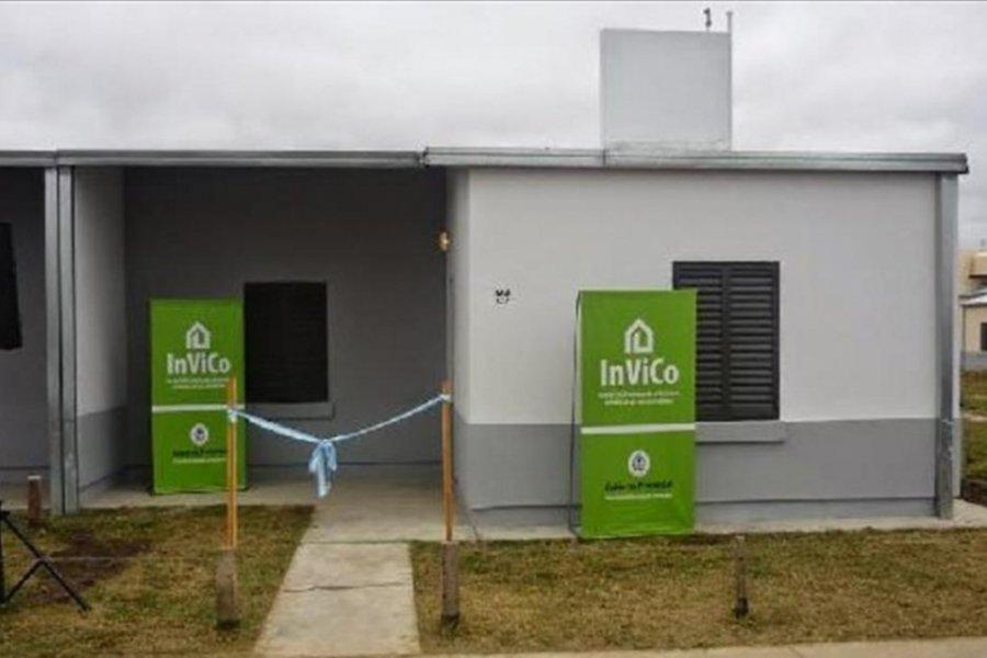Denuncian grave situación en construcción de viviendas de Invico