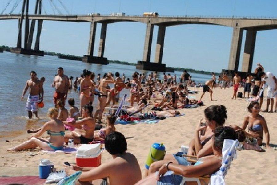 Corrientes: Salvaron a un nene de ahogarse en la Playa Arazaty