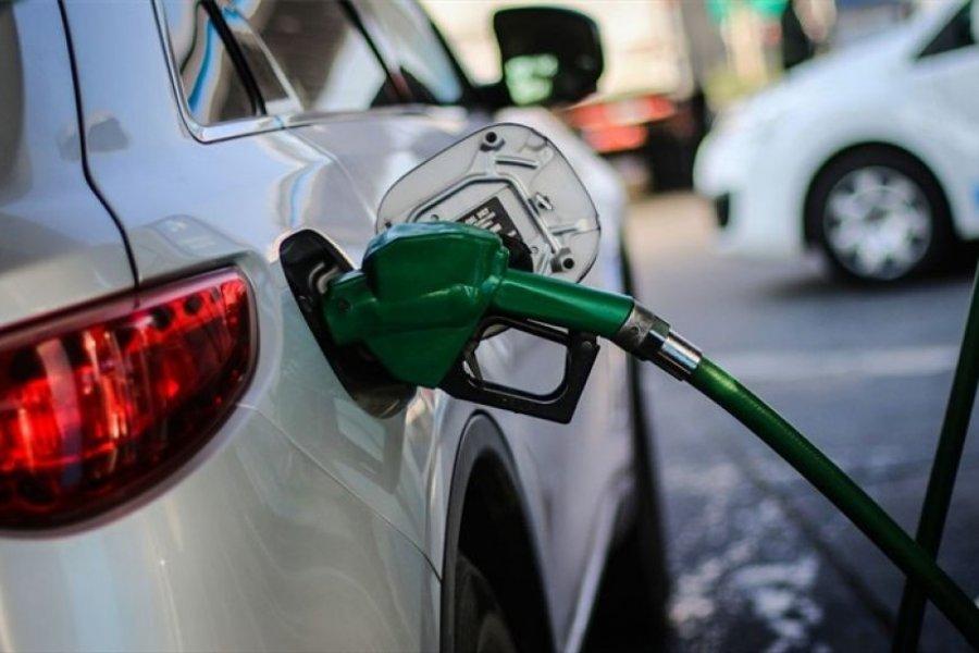 En diciembre habrá una suba del 5% en impuestos al combustible