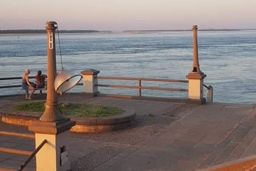 Corrientes: Donde se vive a espaldas del Paraná y al olvido de la costanera