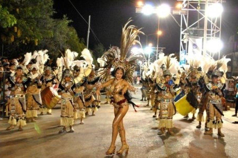 Con un show especial en Costanera Sur se presentaron los Carnavales Barriales 2020
