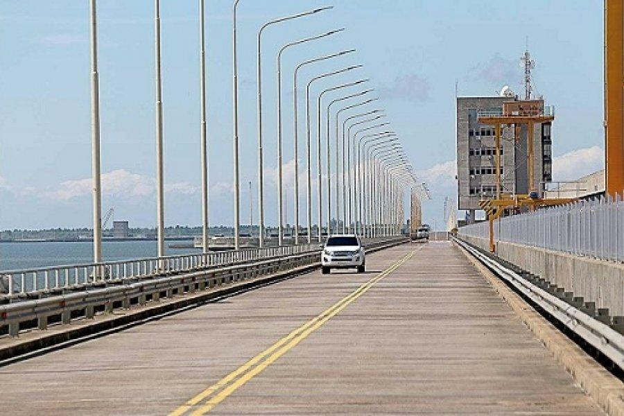 Ituzaingó y Ayolas propondrán extender el horario del paso fronterizo en la represa