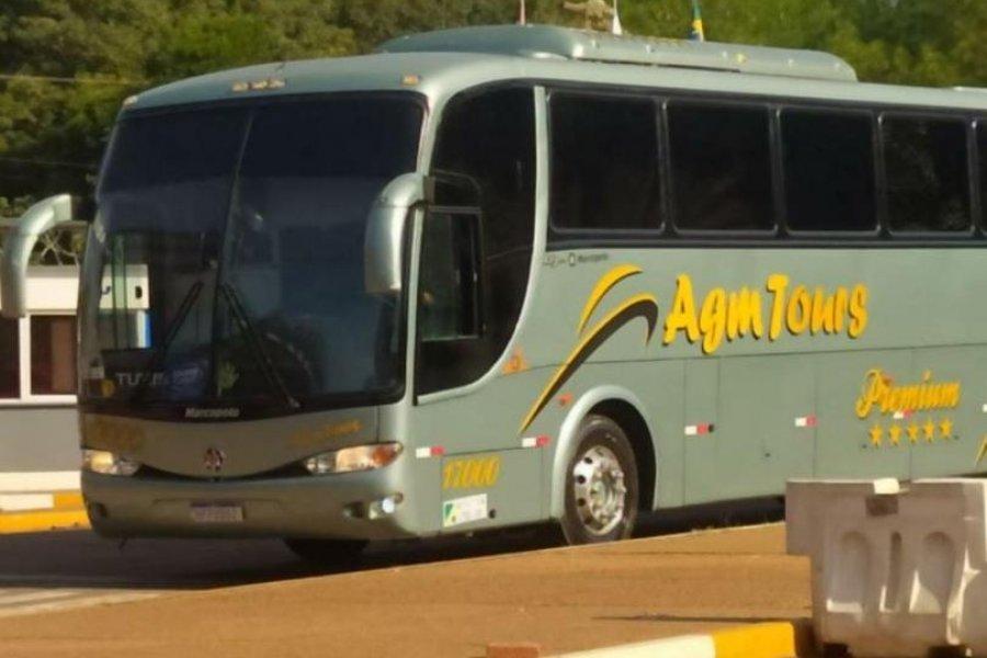 Colectivo varado en la frontera de Iguazú porque un pasajero dió síntomas de CONAVID-19