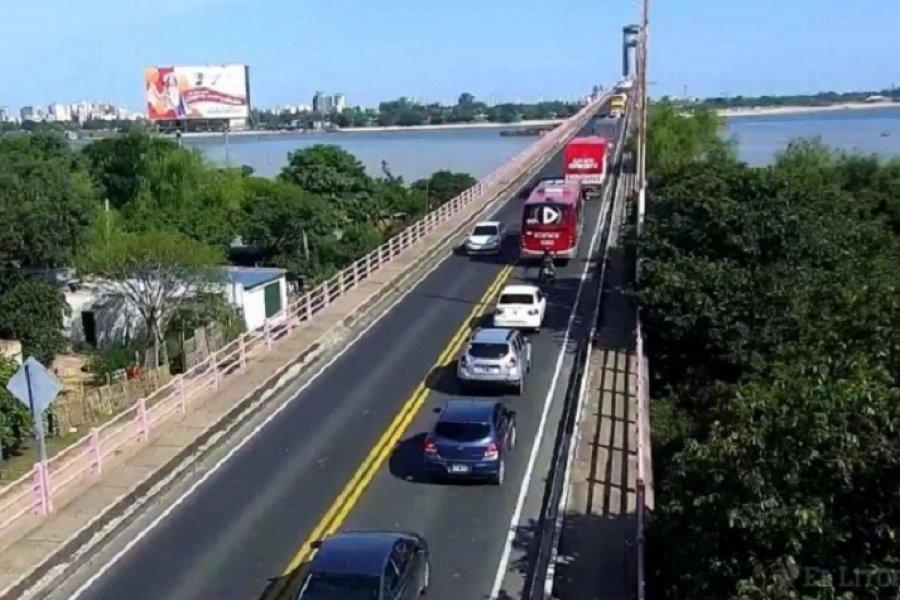 Chaqueños y correntinos entregaron un pedido de liberación del puente General Belgrano