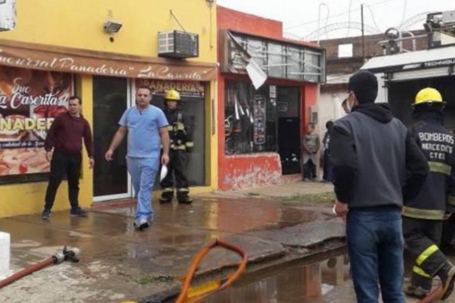Corrientes: Susto por el incendio en conocida panadería de Mercedes