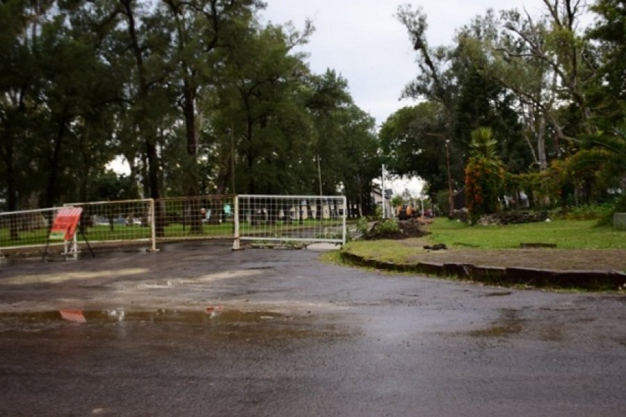 Bacheo y repavimentación en calle de Curuzú Cuatiá