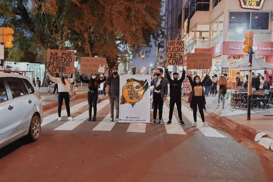 Corrientes: Ambientalistas reclaman por una ciudad libre de plásticos