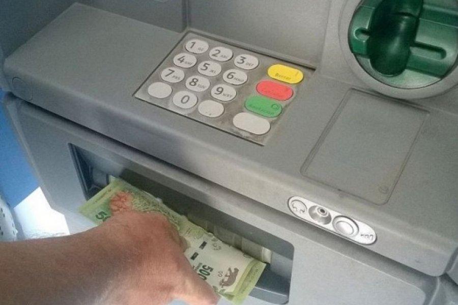 Cuándo dejará de ser gratuito el uso de los cajeros automáticos