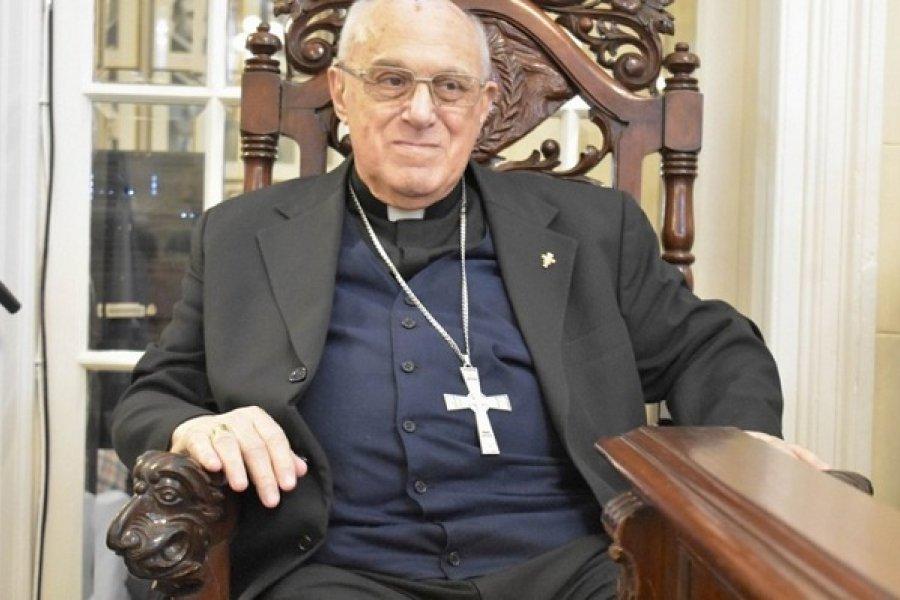 Mons. Castagna: El Pan celestial que sacia al mundo