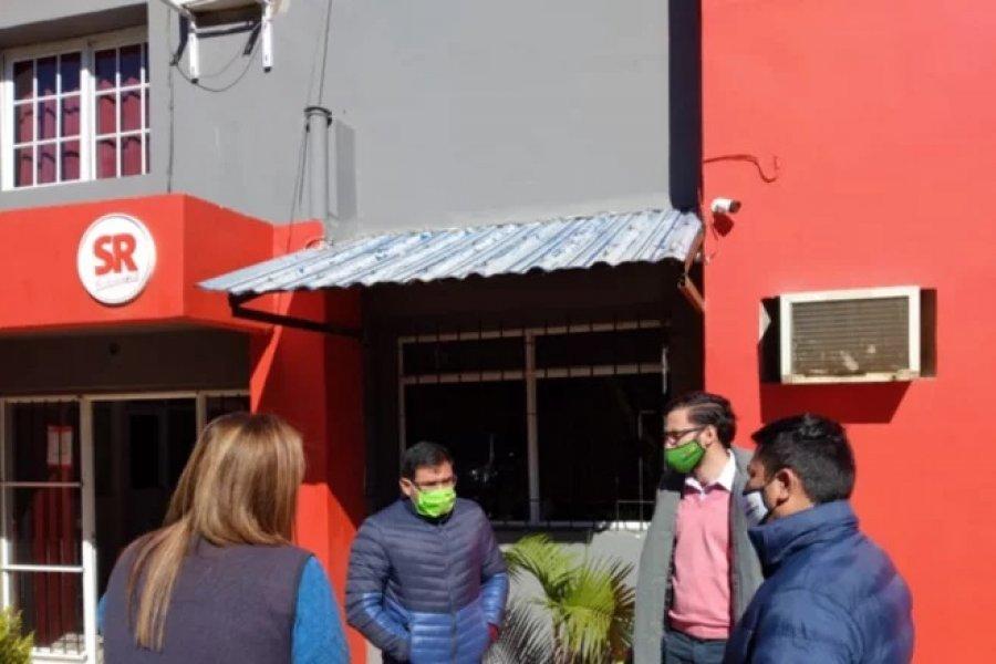 """Entregaron kits potabilizantes del programa """"Agua potable en cada hogar"""""""