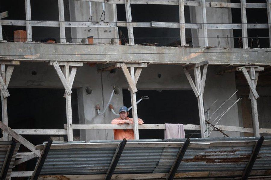 La construcción en Argentina cayó el 14,8 % interanual en junio