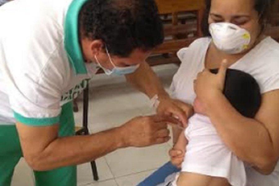 Campaña de vacunación en el barrio Juan de Vera
