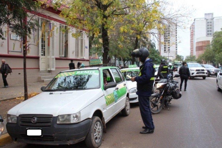 Taxis y remises podrán circular con normalidad desde el lunes