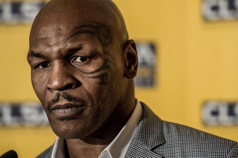 Postergan la pelea de exhibición de Mike Tyson y Roy Jones
