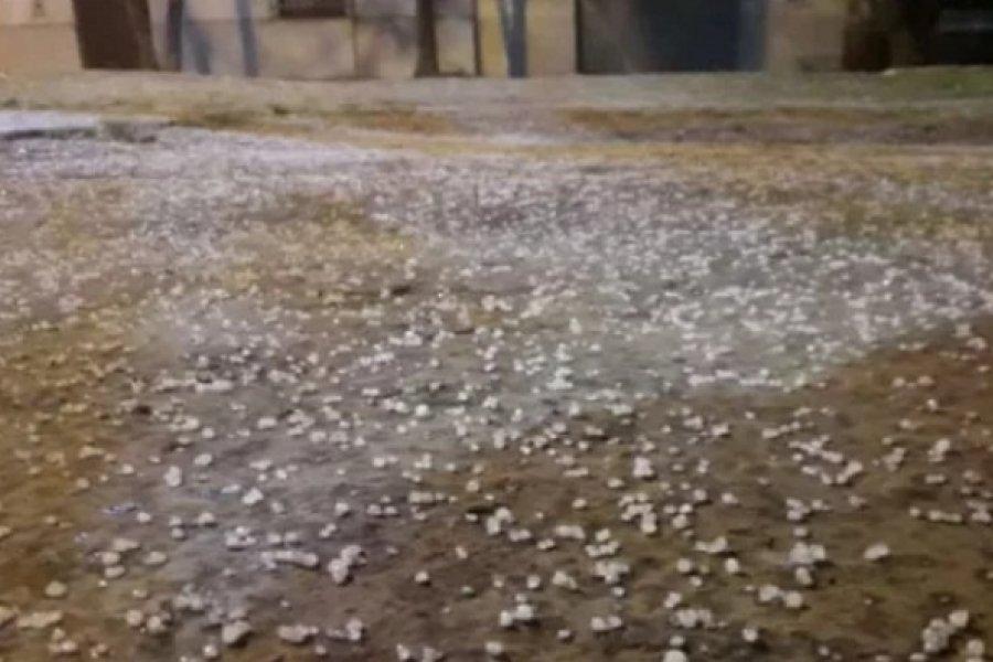 Tormentas con caída de granizo en el interior de Corrientes