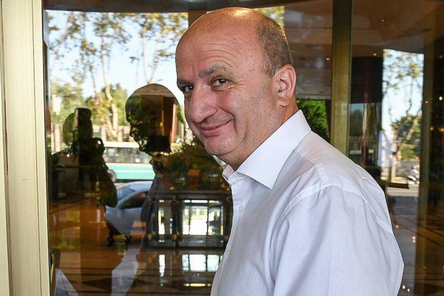 El presidente de Lanús no cree que pueda comenzar la Copa Libertadores