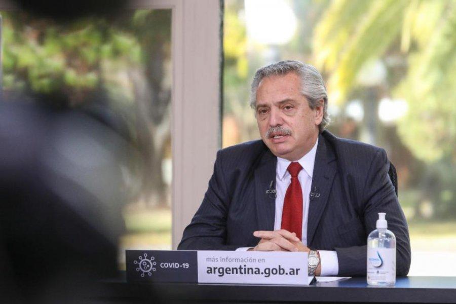 """Alberto Fernández: """"No nos van a doblegar los que gritan, los que gritan suelen no tener razón"""""""