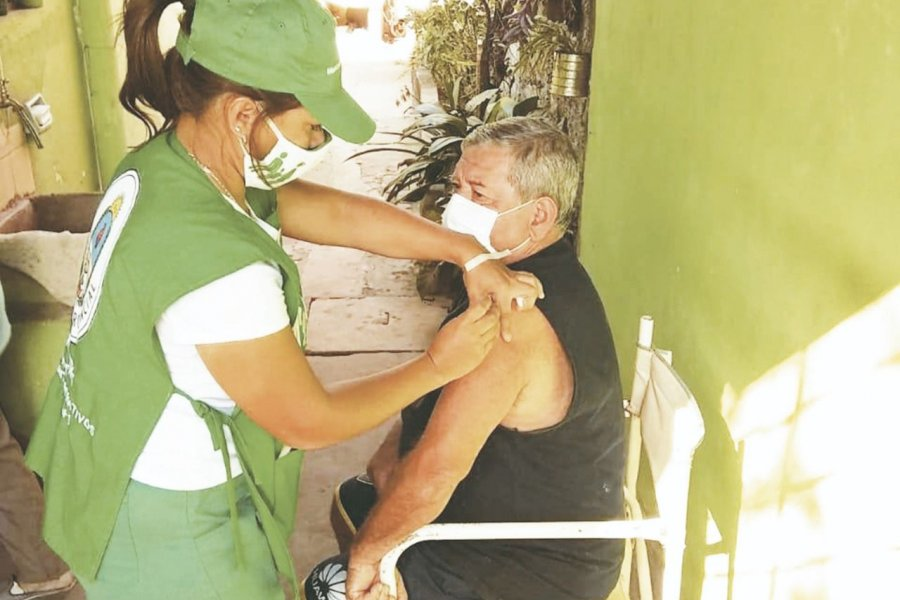 Destacan el trabajo de los vacunadores en su Día