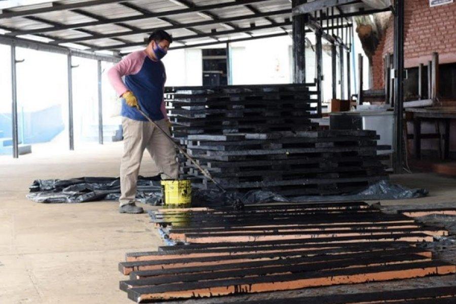 Regatas: Siguen los trabajos en los tablones de la pileta flotante
