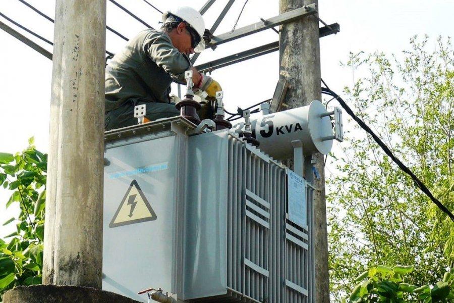 Capital y varias localidades quedaron sin energía eléctrica con 40º de térmica