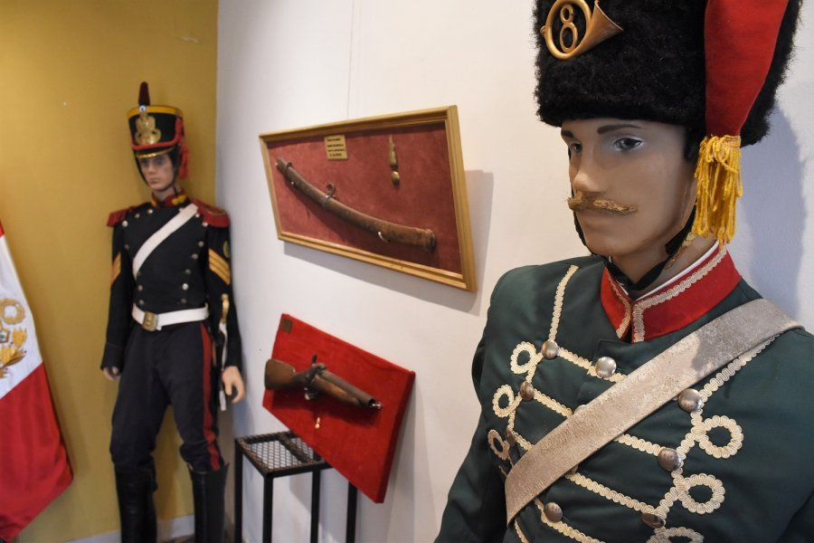 Habilitaron la muestra en homenaje al Libertador de América en la Sala Adolfo Mors