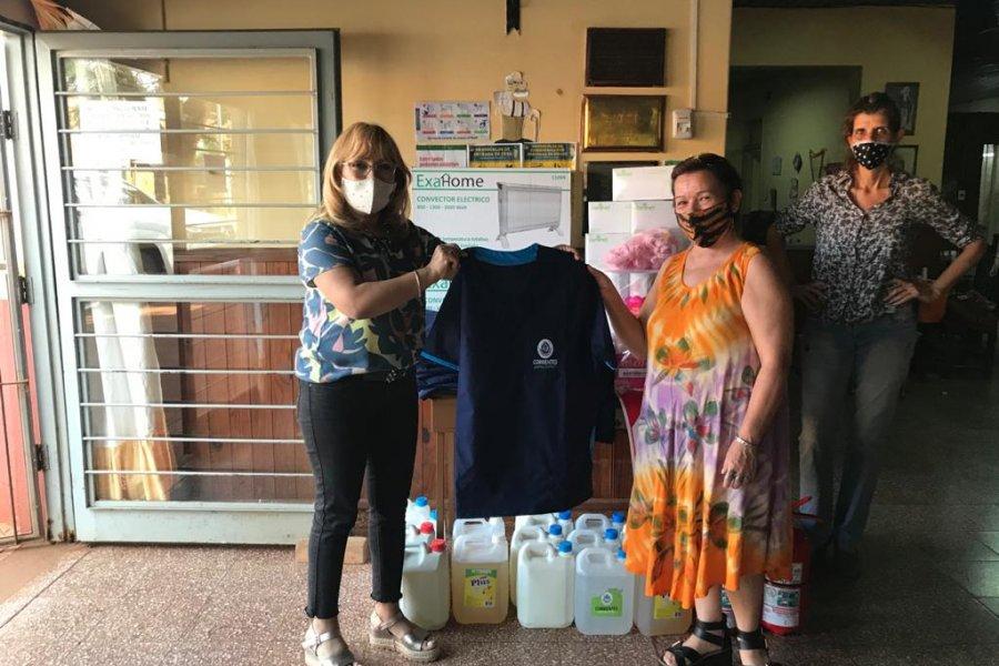 Hogares de adultos mayores de Ituzaingó y Virasoro recibieron asistencia