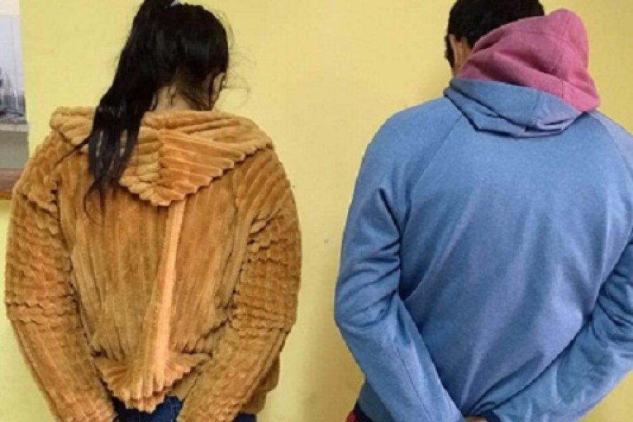 Pareja detenida por el robo a un local de ropas