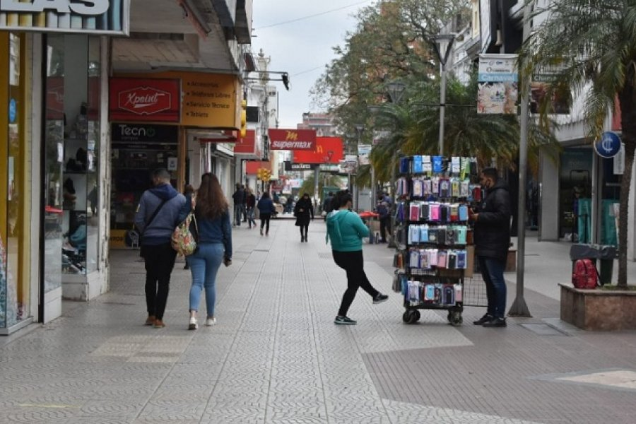 Comerciantes aconsejan realizar compras en horas de la siesta