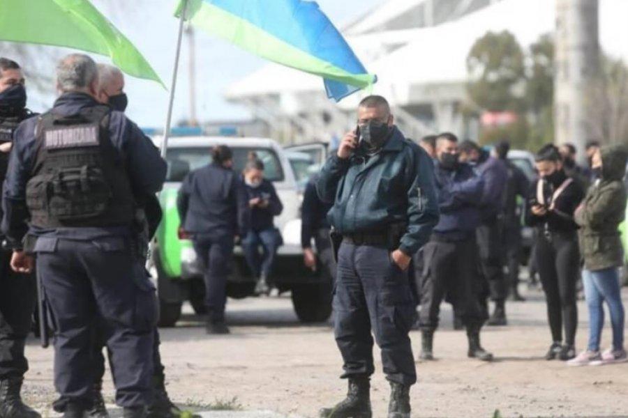 A pesar de los aumentos, se mantienen las protestas de Efectivos de la Policía Bonaerense