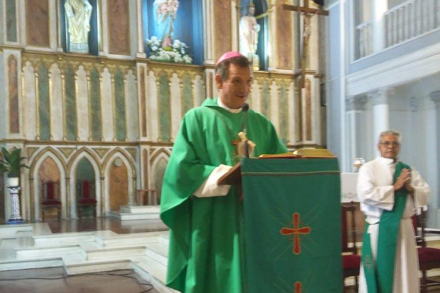 Monseñor Canecín renovó su gratitud a la vida consagrada