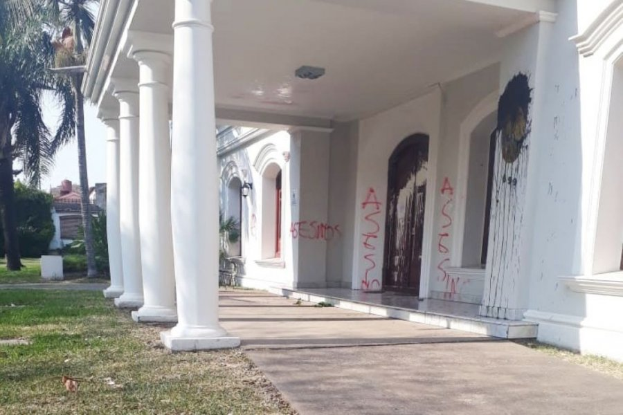 Atacaron el Consulado de Paraguay en Resistencia