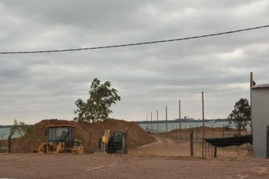 Desvío del Arroyo Limita y relleno en Costanera Sur: Llevan adelante incumpliendo una orden judicial