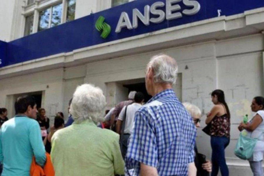Cronograma de pagos de ANSES para este lunes
