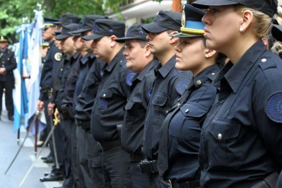 Nación oficializó el aumento salarial para la Policía Federal