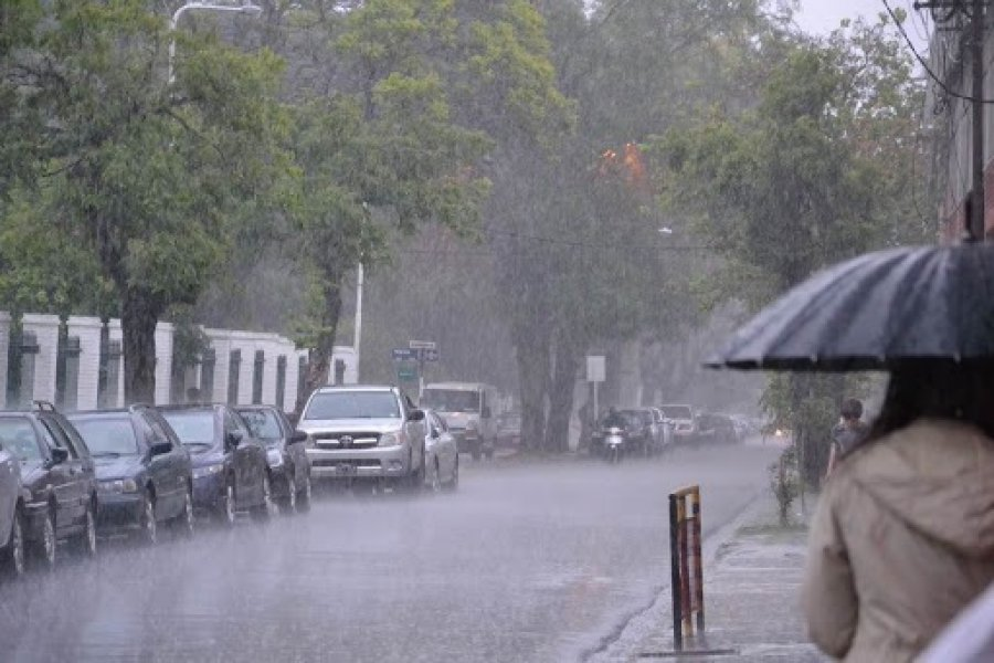 Cielo gris y probabilidades de lluvias hasta el jueves
