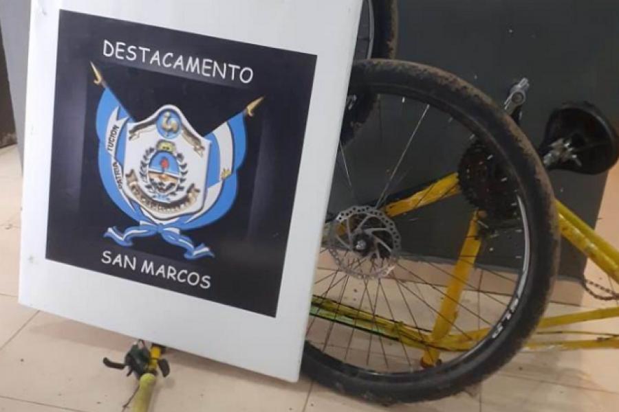 Robos de bicicletas: Una estaba siendo desarmada por un menor