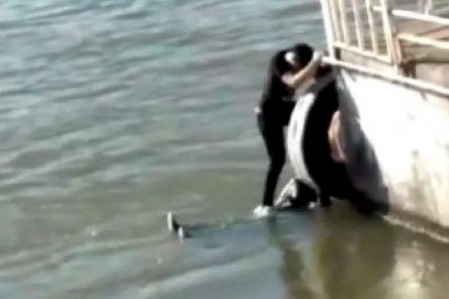 Rescataron con vida a un joven que se arrojó a las aguas del Rio Paraná
