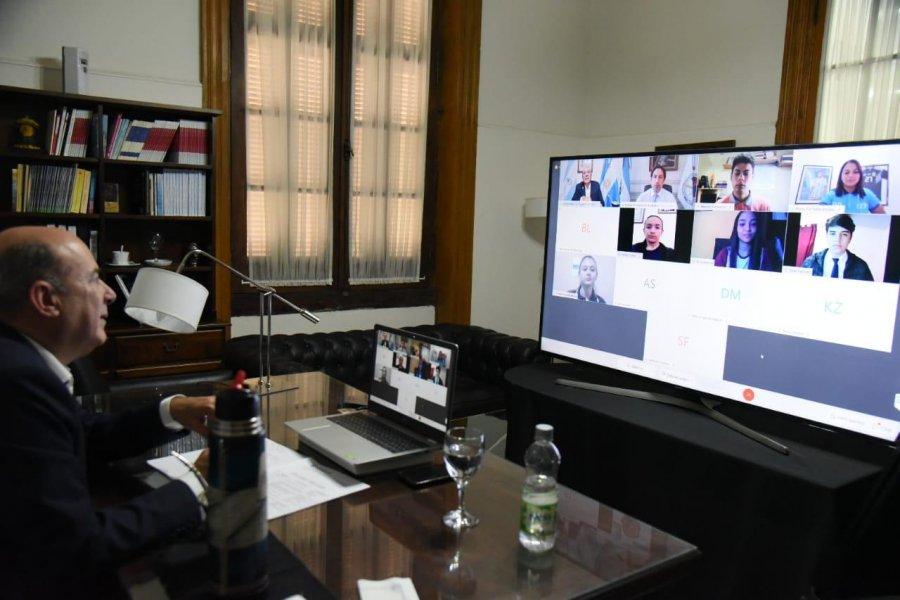 Canteros fue el nexo entre alumnos correntinos  y el ministro Trota