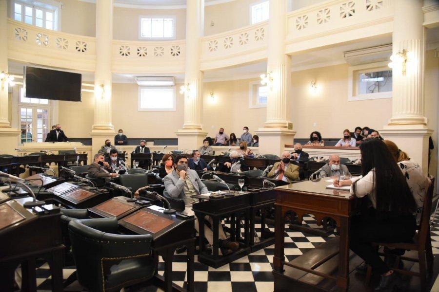 Senado avanza en la designación de un nuevo defensor del pueblo
