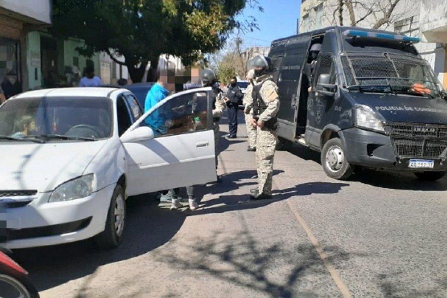 Allanamientos y detenciones: Funcionario policial lesionado tras intervenir en un intento de fuga