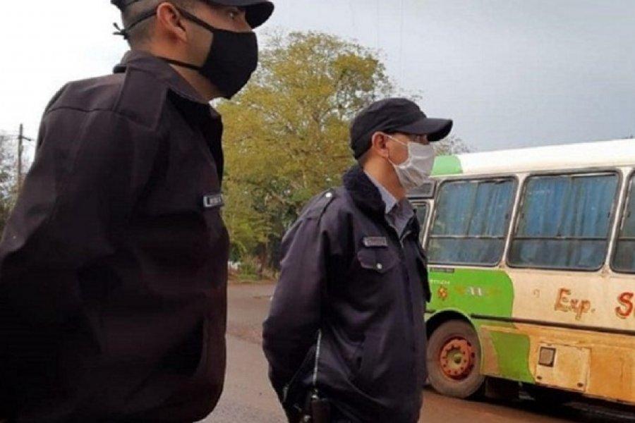 Trabaja en Corrientes y la mujer vive en Misiones: No puede verla desde el inicio de la cuarentena