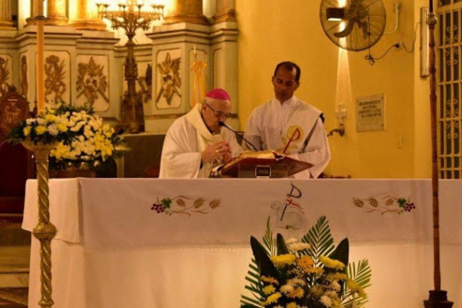 Monseñor Castagna: Restauración de la identidad debilitada