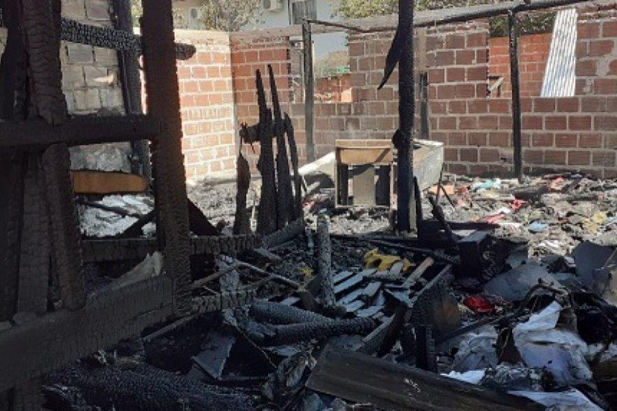 Seis hermanitos preparaban chipá y se les incendió la casa