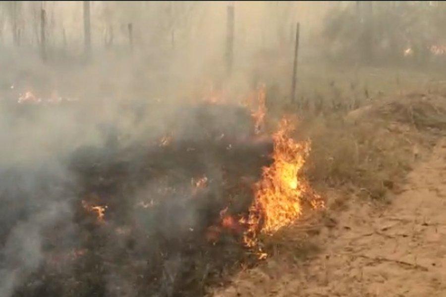 Fueron a apagar un incendio y hallaron el cadáver de una mujer