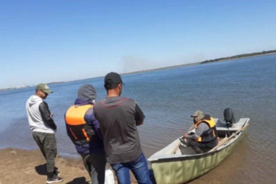 A una semana del naufragio, continúa la búsqueda de los jóvenes desaparecidos