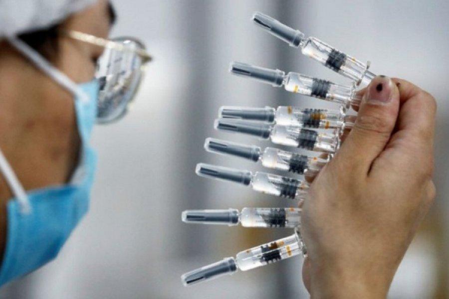 En China, miles de personas reciben vacunas contra la COVID-19 que no han sido probadas