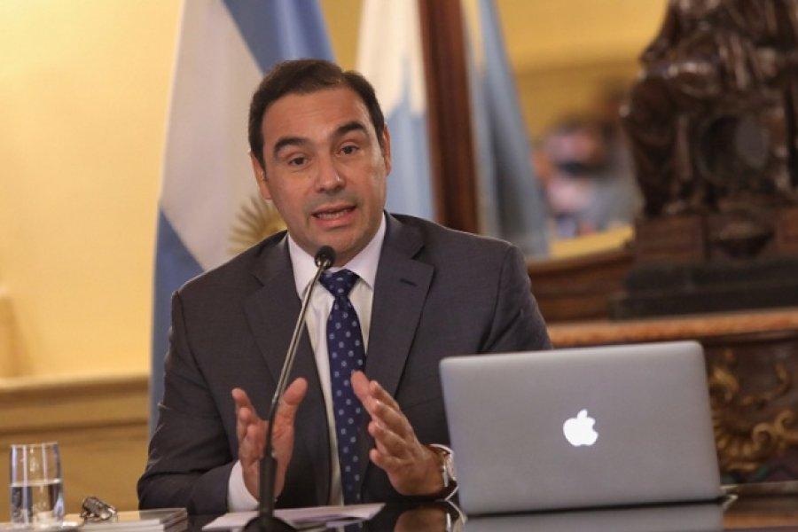 Valdés habilitó el turismo de capitalinos y playas con protocolo