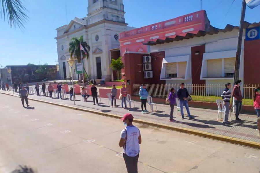 San Luis del Palmar restringe actividades y amplía investigación epidemiológica